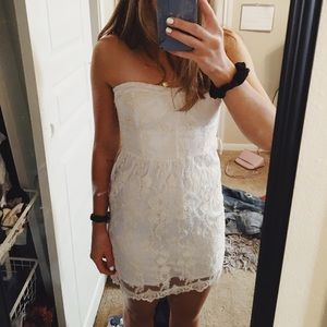 Size small White Lacey dress- miss me